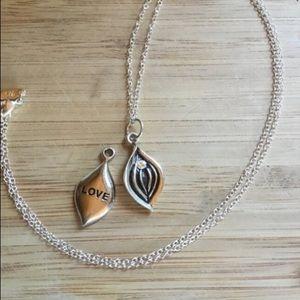 Jewelry - Silver Yoni Vagina Amulet Necklace